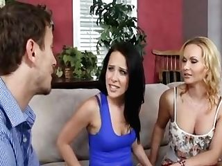 Mom Fucked With Daughter-in-law Bf
