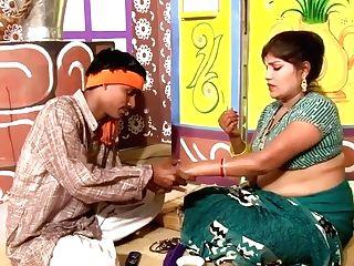 Desi Bhabhi Getting Boulder-holder & Panty Switched By Salesman